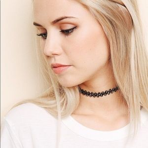 Brandy Melville Tattoo Choker
